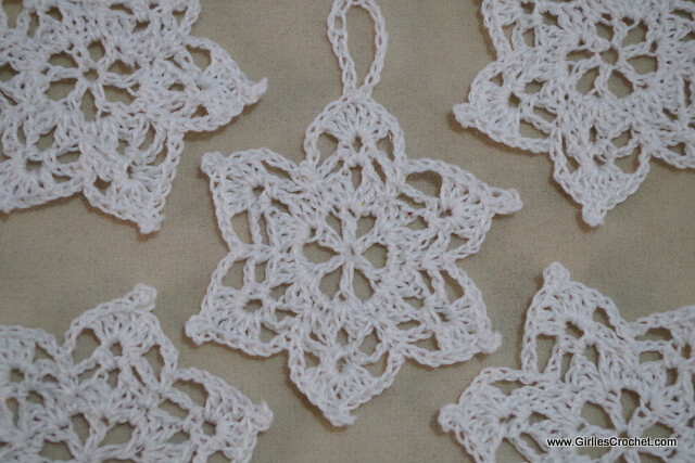 free crochet pattern, snowflakes, easy, thread crochet, for beginners, Christmas ornament