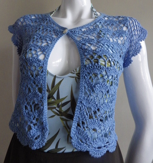 thread crochet bolero using fan stitch