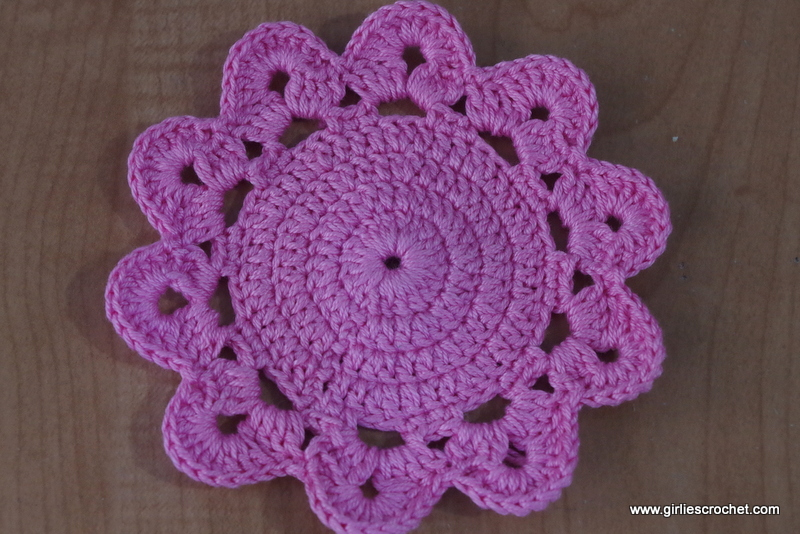 Big Flower Coaster Free Crochet Pattern Pictures to pin on ...