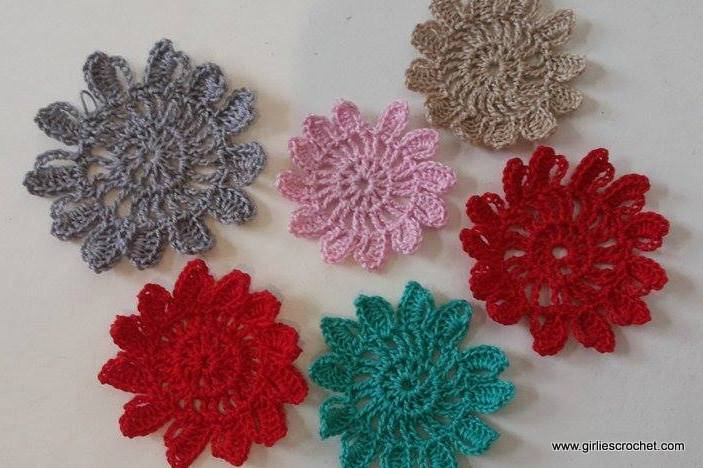 flower motif, free crochet pattern, flower coaster, thread