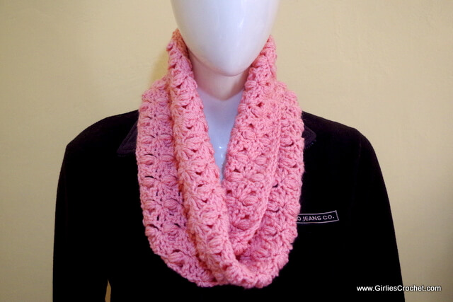 free crochet pattern, elizabeth crochet scarf, photo tutorial, puff stitch