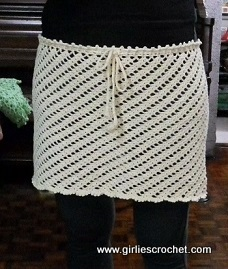 Free Crochet Pattern : Cover-up Skirt