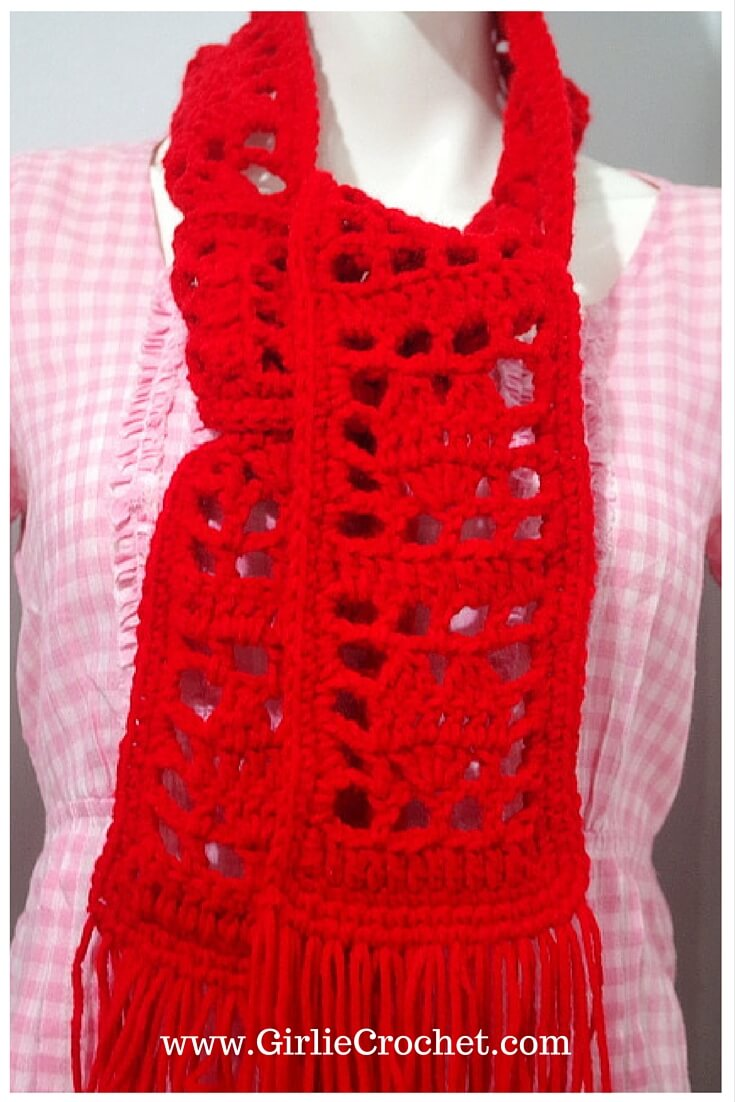lovely scarf, free crochet scarf pattern, easy, filet crochet, beginners crochet, red heart yarn, heart shape, red