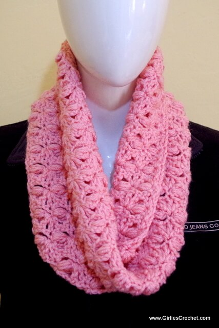 elizabeth crochet scarf, free crochet pattern, puff stitch, photo tutorial
