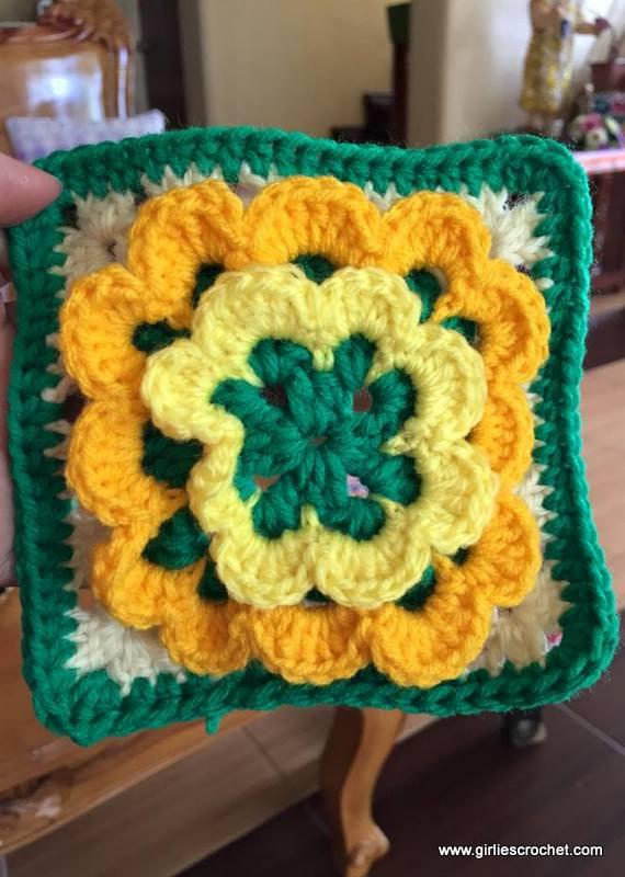 free crochet pattern, for beginners, easy, flower granny square