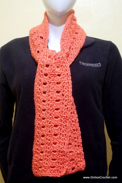vangie crochet scarf, free crochet pattern, shell st, dc2-tog